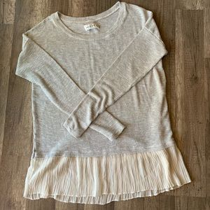 Abercrombie & Fitch sweater with frilly hem